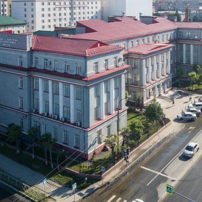 Главный корпус Новосибирского НИИТО им. Я.Л. Цивьяна построен ещё в 1937 году, здесь располагался книготорговый техникум