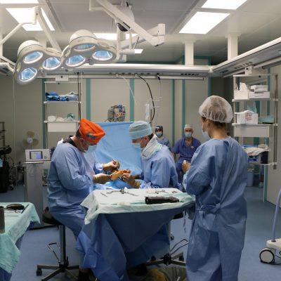 Операция на стопу